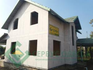 Дом загрунтован и подготовлен для фасадной отедлке