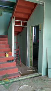 Цельнометаллическая лестница